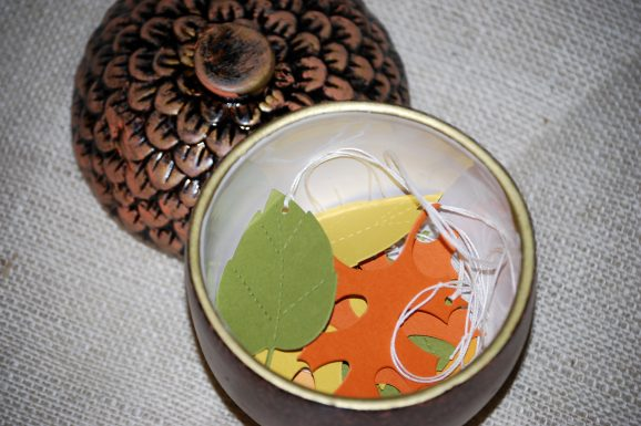 leaves + acorn jar
