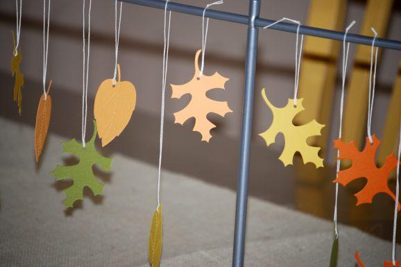 leaf hanger