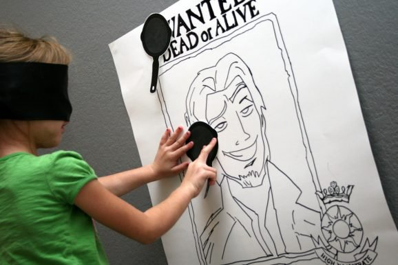Pin the Frying Pan on Flynn Rider Party Game