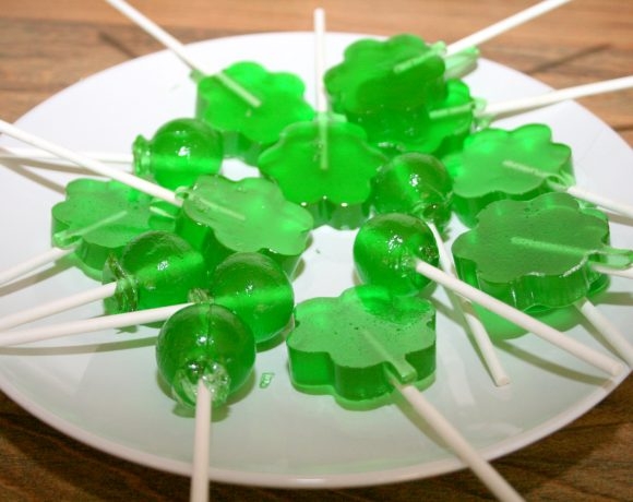 St. Patrick's Day Lollies