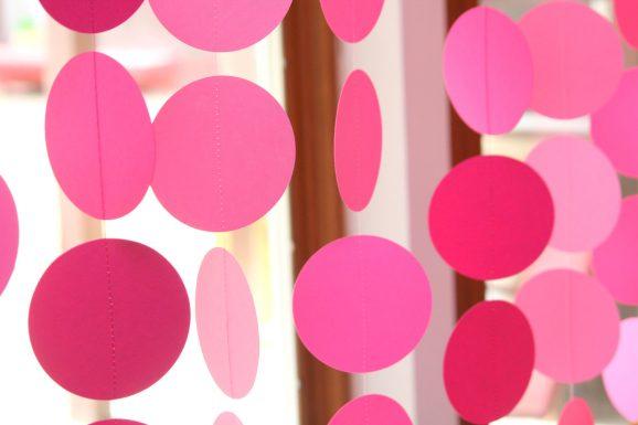 Circle Garland Backdrop Close-up