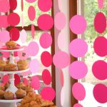 Circle Garland Table Backdrop