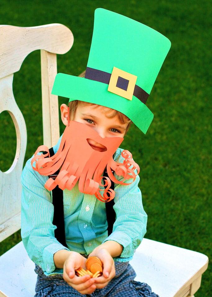 Make an Easy Leprechaun Costume