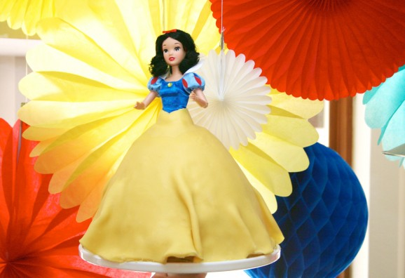 Snow White Princess Birthday Cake #SnowWhite #BirthdayCake
