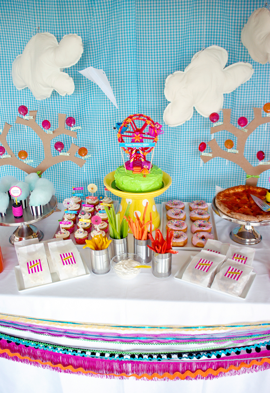 Lalaloopsy Party Table Decorations #lalaloopsy