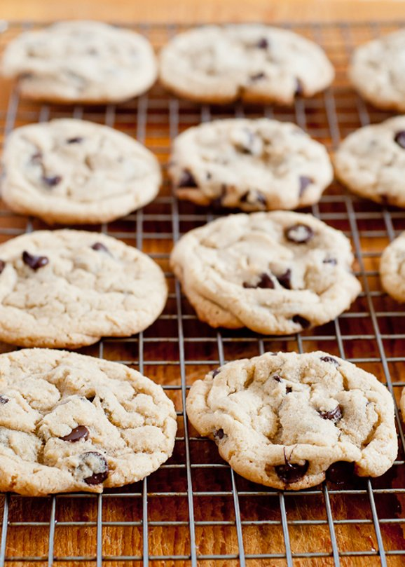 How to Make Perfect Chocolate Chip Cookies from DesignMom.com # ...