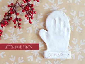 DIY First Christmas Ornament Mitten Handprint #christmas #handprint #firstchristmas #baby