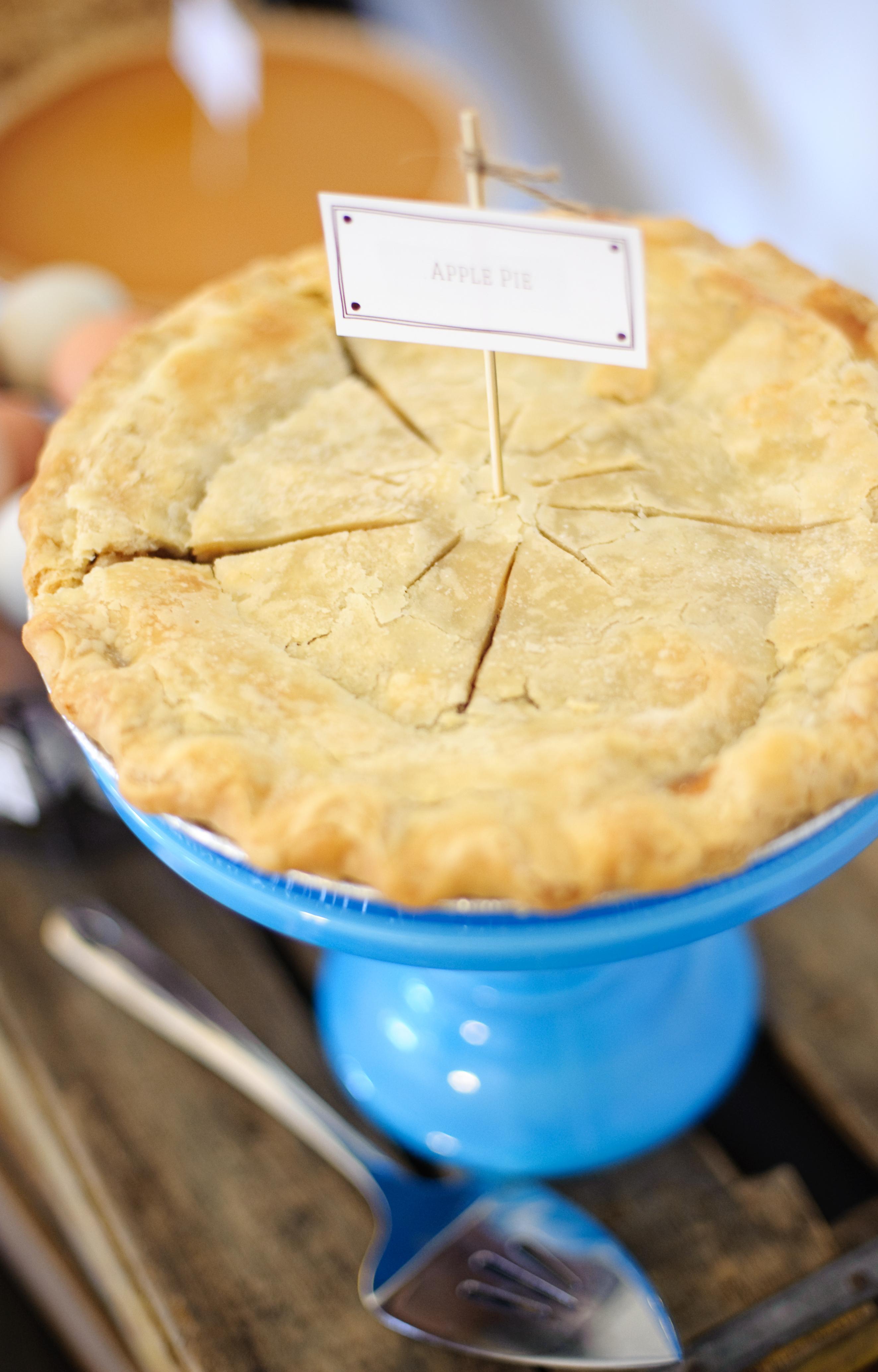 Farm Fresh Pies for a Farm Boy Baby Shower via @paingsupermom