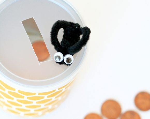 Honeycomb & Bee Bank - perfect craft for a Winnie the Pooh Party at PagingSupermom.com