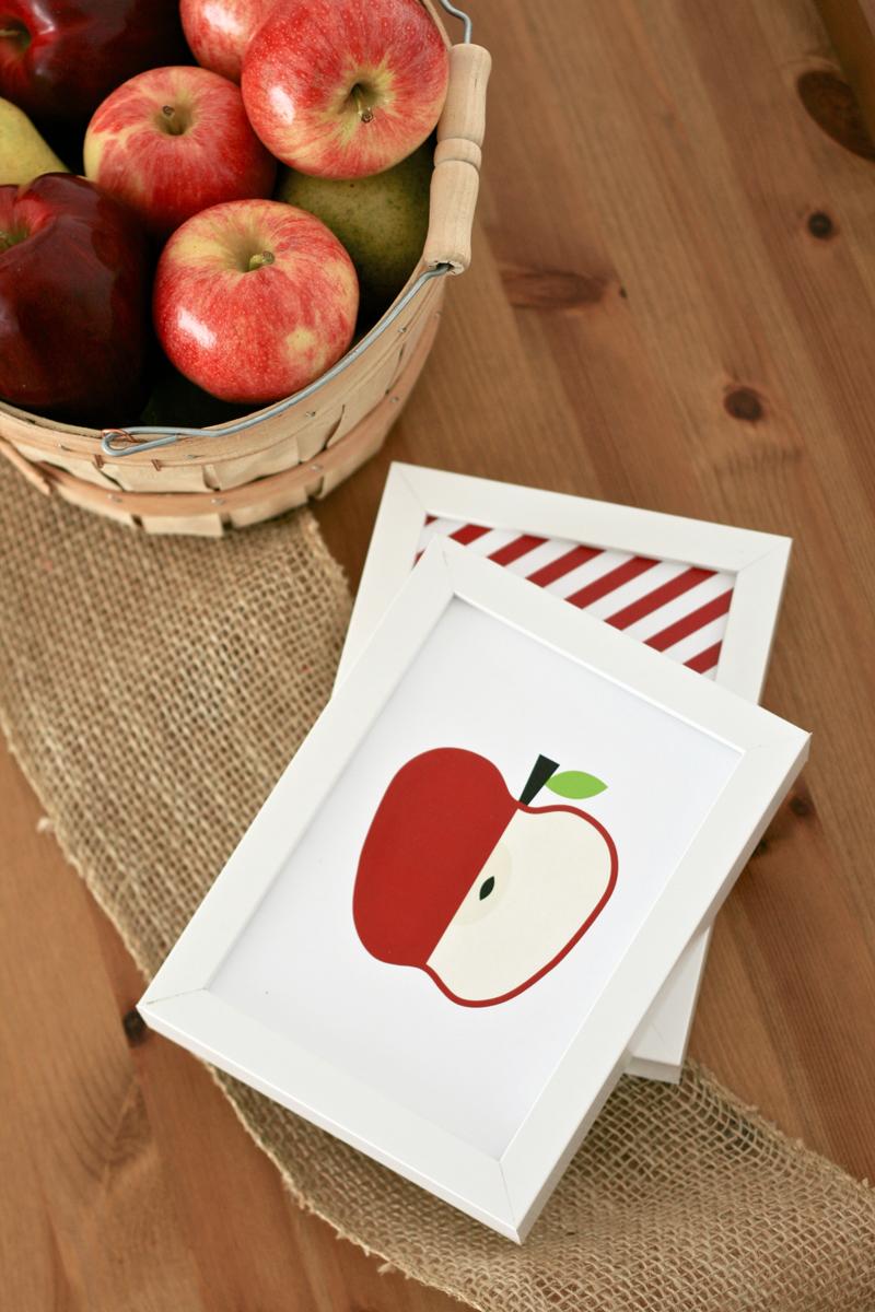 Fall Free Printable Apple Art 5