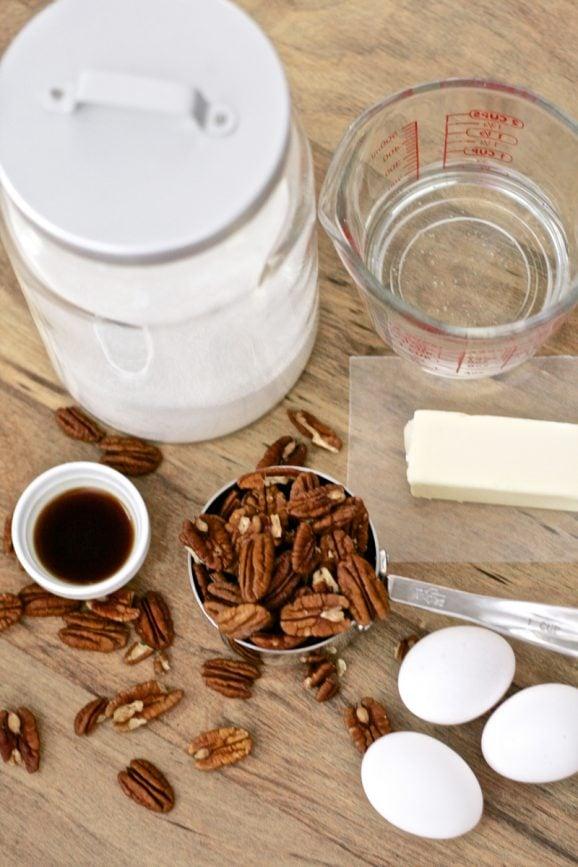The Perfect Pecan Pie Recipe at PagingSupermom.com