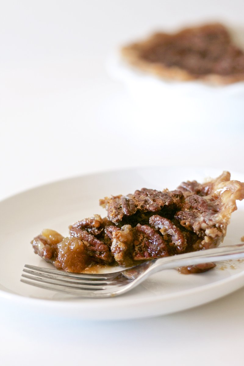 The Perfect Pecan Pie Recipe at PagingSupermom.com