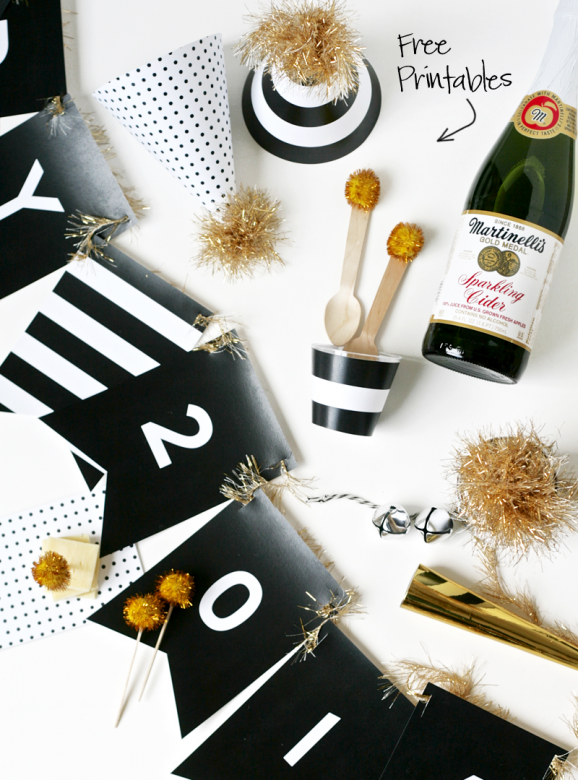 Free Printable New Year's Party Decor via @PagingSupermom