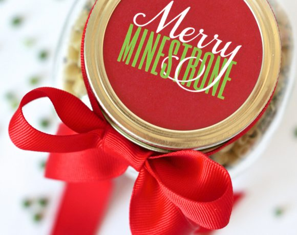 Merry Minestrone Soup In a Jar Gift