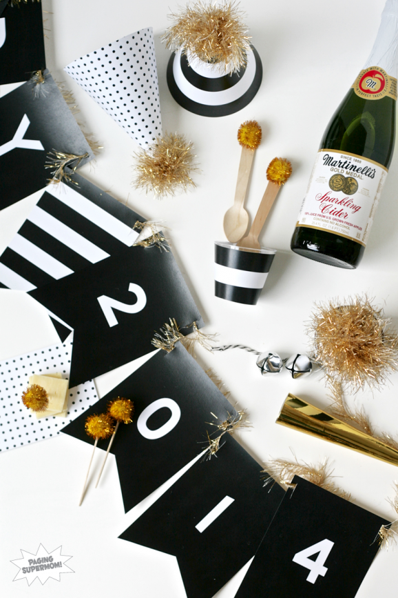 Kid-Friendly & Stylish New Year's Party with lots of cute Free Printables at PagingSupermom.com #freeprintables #newyears #2014