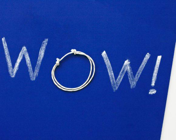 Make an 80s Slip-Knot Friendship Bracelet