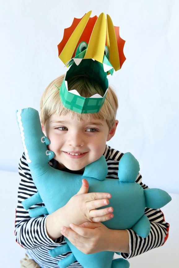 Dinosaur Hot Potato Party Game via @PagingSupermom