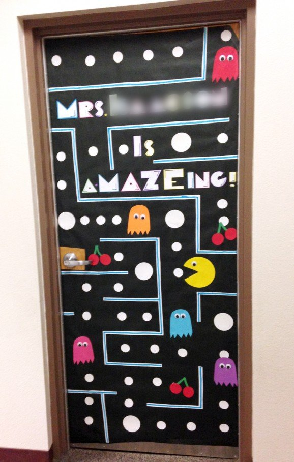 Does your school decorate doors or have any other cool teacher appreciation week traditions? & Teacher Appreciation Door Decorating - Paging Supermom