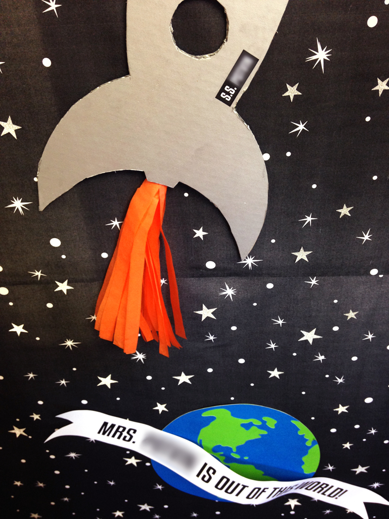 Space Themed Classroom Ideas ~ Teacher appreciation door decorating paging supermom
