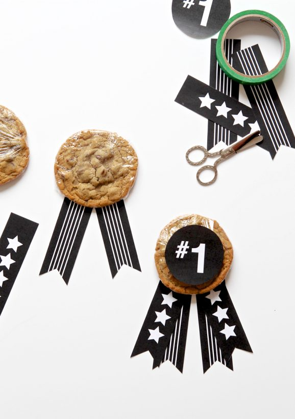 Easy Treats for Father's Day to pass out at Church via @PagingSupermom