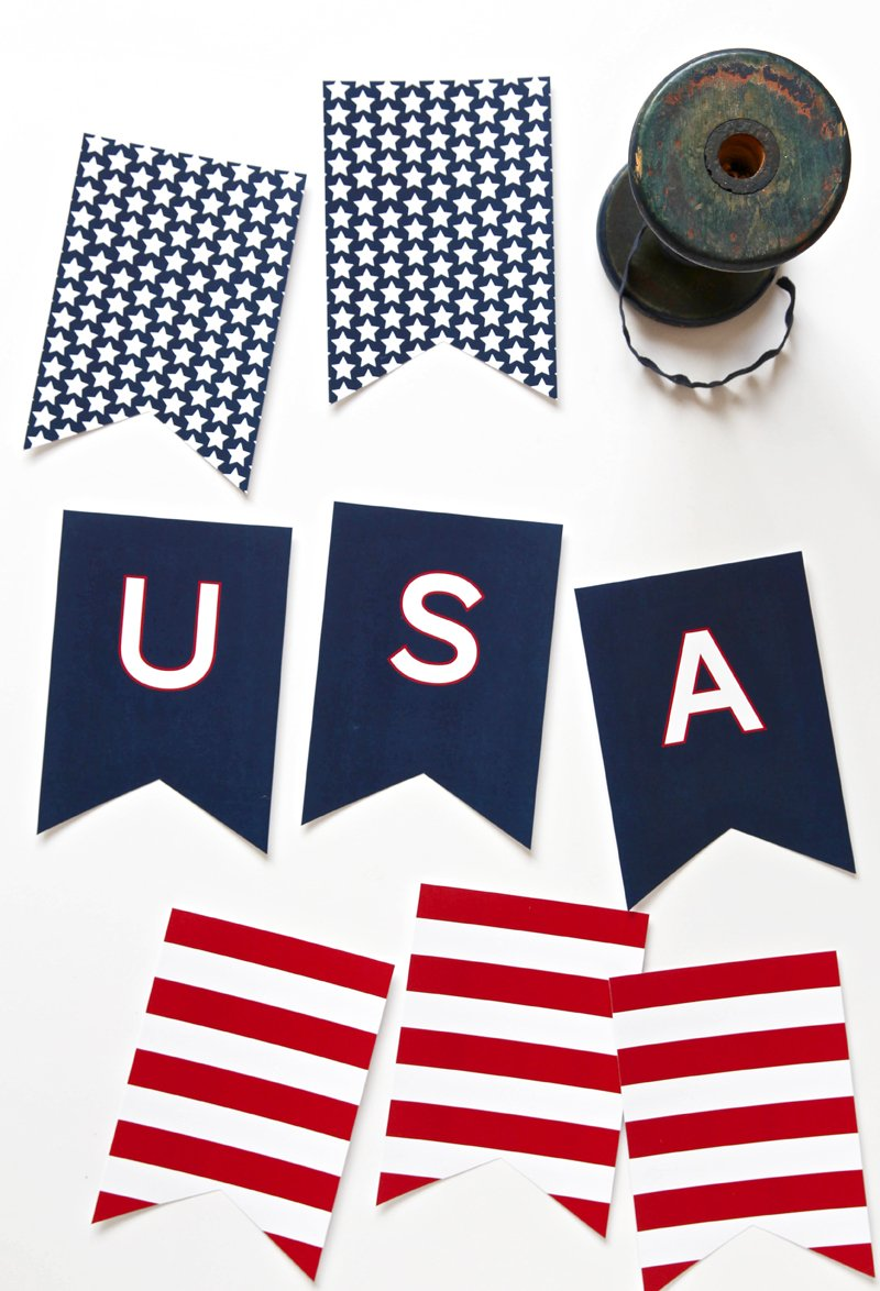 Free Printable USA Banner for the Fourth of July via @PagingSupermom