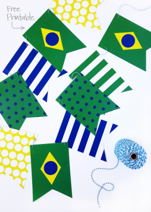 Show your #WorldCup Pride with this Free Printable Brazil Banner via @PagingSupermom -- free Team USA Banner too!