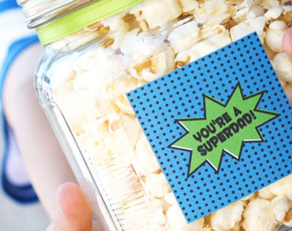Free Printable Super Dad Labels from @PagingSupermom