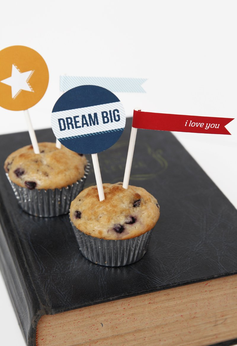 Free Printable Toppers for Muffins at a Back to School Breakfast via @PagingSupermom