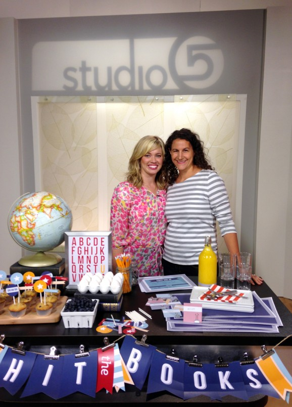 Bettijo and Brooke Walker on the set of Studio 5 KSL-TV in Salt Lake City sharing the @PaigngSupermom free printables for a #BackToSchool Breakfast