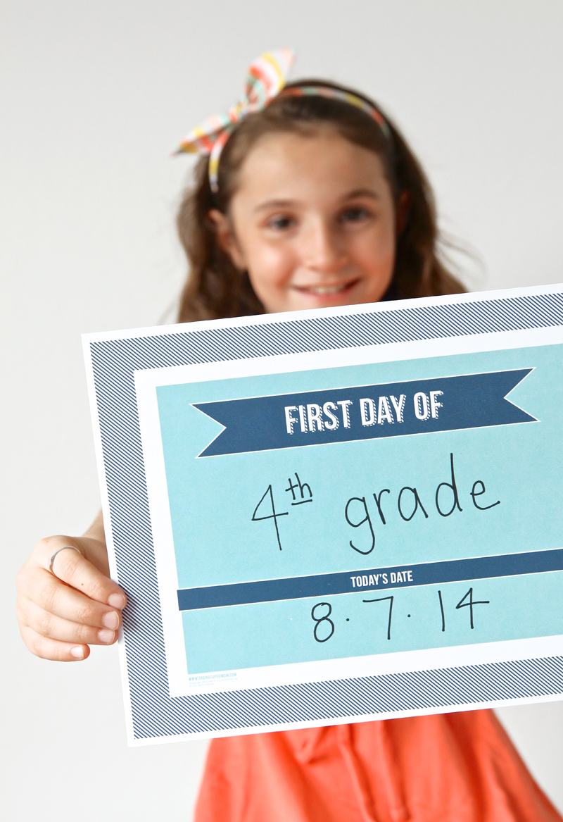 Free Printable Back to School Photo Sign