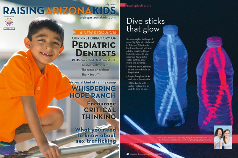 Kids would love this - make glowing dive sticks for the pool via @PagingSupermom