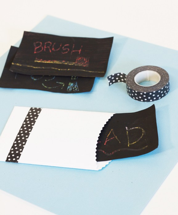 How to Make Scratch Art via @PagingSupermom