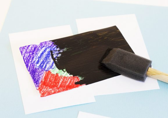 How to make scratch art via @PagingSupermom #KidsCrafts