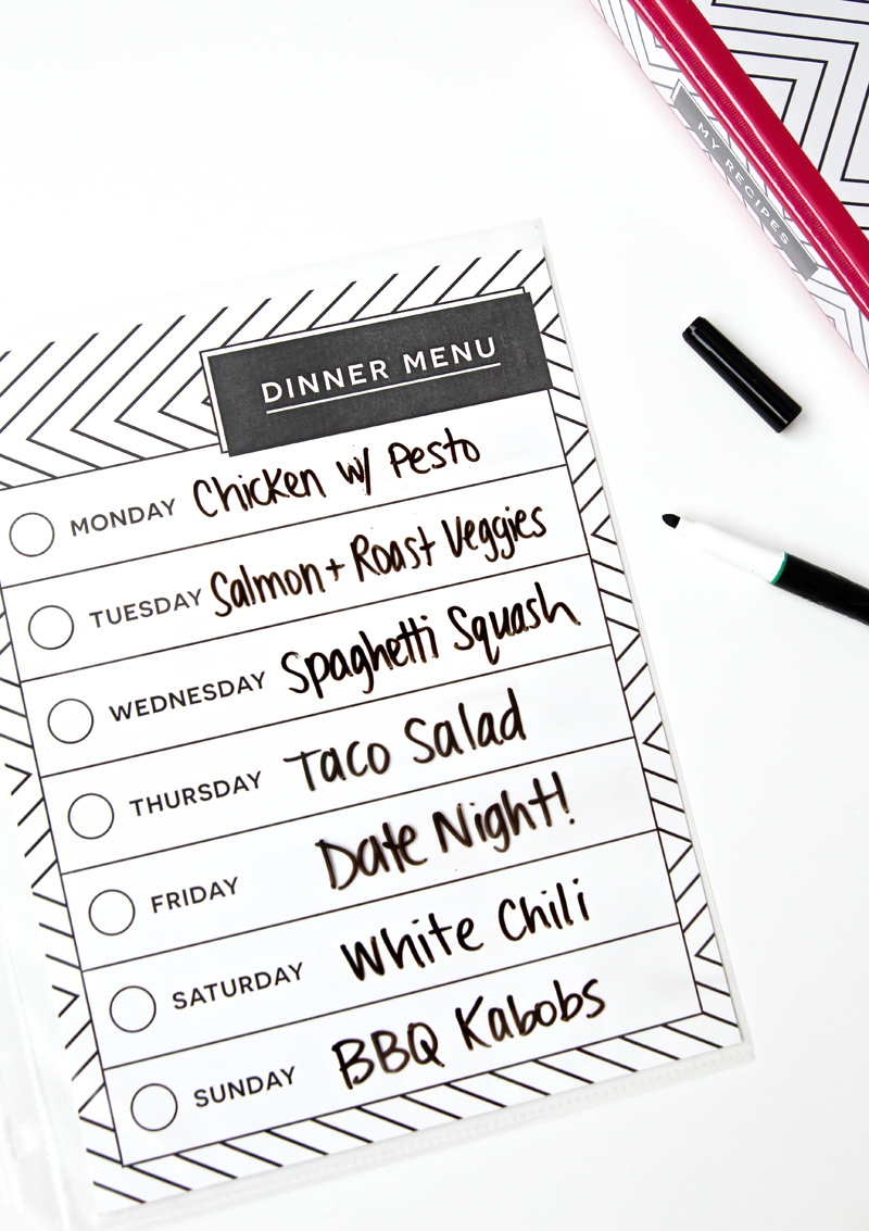 Printable Recipe Binder with Dry Erase Menu via @PagingSupermom