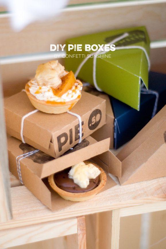 DIY Pie Boxes via @PagingSupermom
