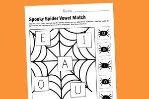 Halloween-Web-Vowel-Matching-Printable