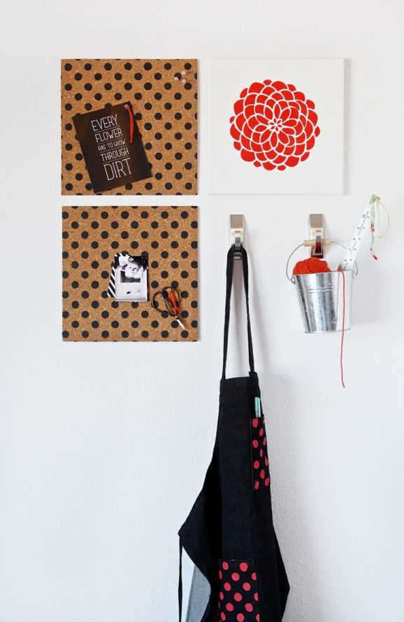 Love this DIY Polka Dot Bulletin Board + Cute Inspiration Print #freepritnable via @PaigngSupermom #tulipforyourhome
