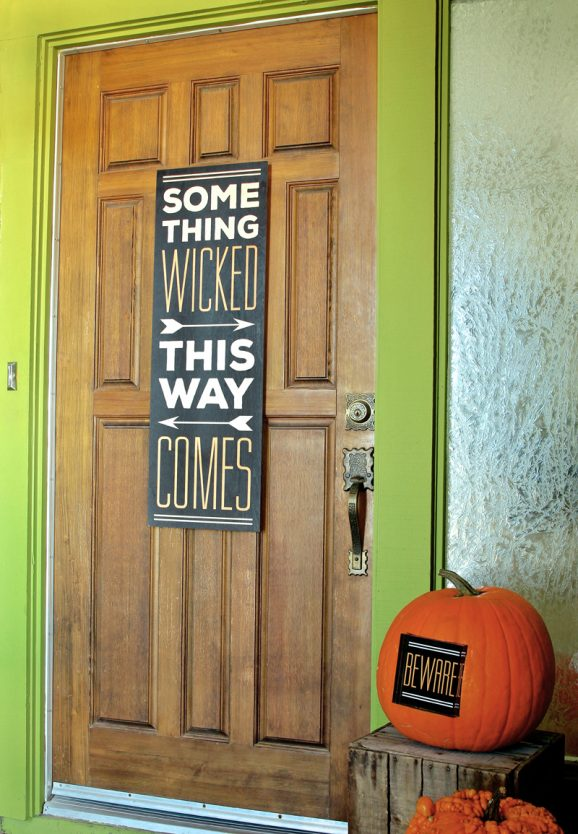 This Wood Wall Art from Shutterfly looks so cool! Get the free graphic download @PagingSupermom
