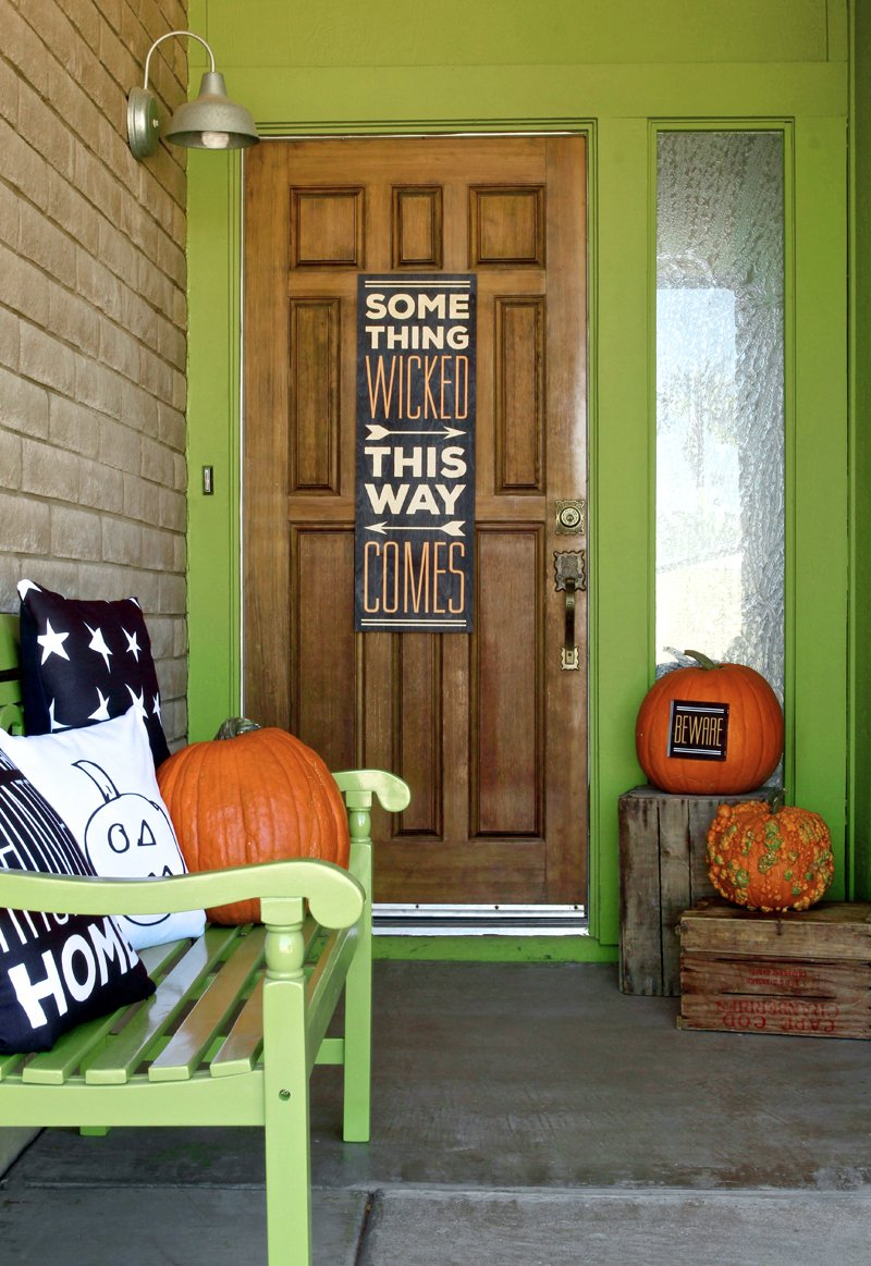 fun custom decor for my #Halloween front porch! Use Shutterfly to print things -- free downloads @PagingSupermom #shutterflydecor