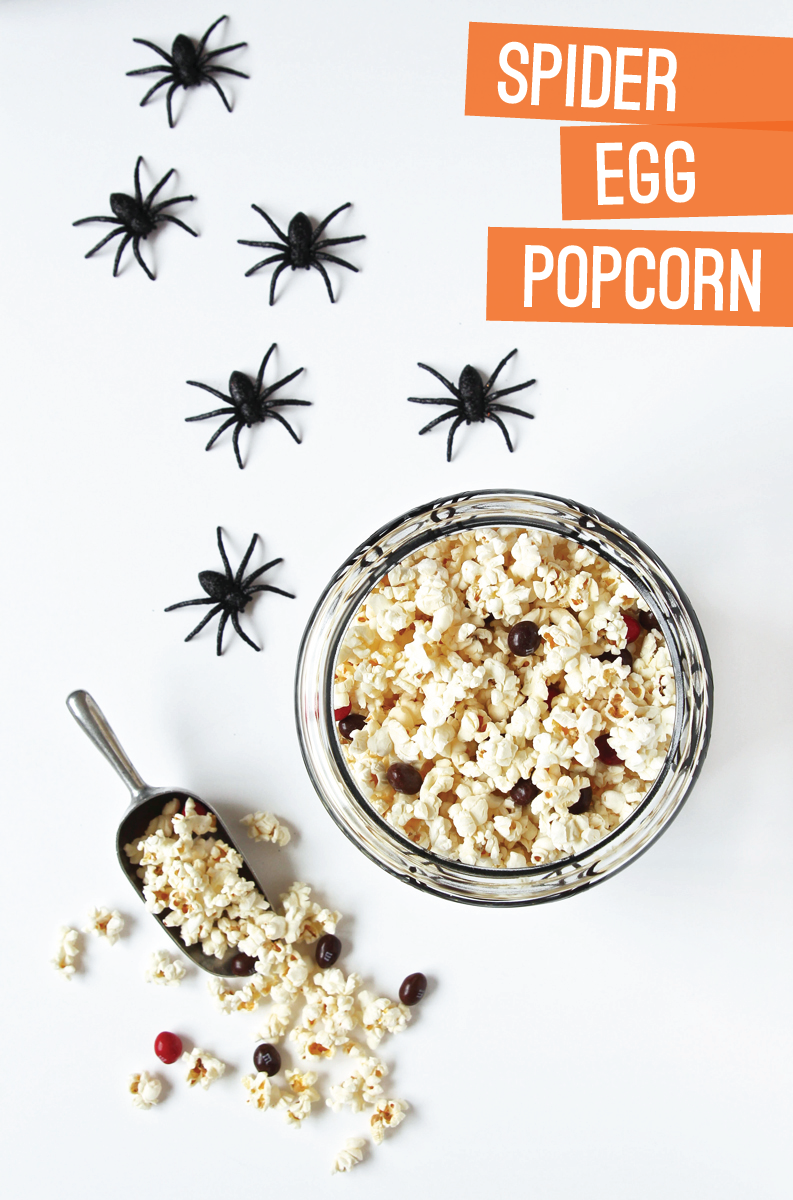 Spider Egg Popcorn Recipe via @PagingSupermom #Halloween