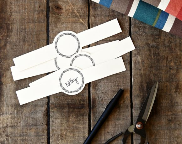 Free Printable Placecard Napkin Rings via @PagingSupermom #Thanksgiving