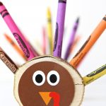 DIY Crayon Turkeys