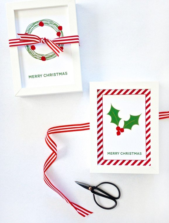 Free Printables to make these adorable cards with Fingerprint Holly Berries via @PagingSupermom. I want to make a bunch to give as gifts.