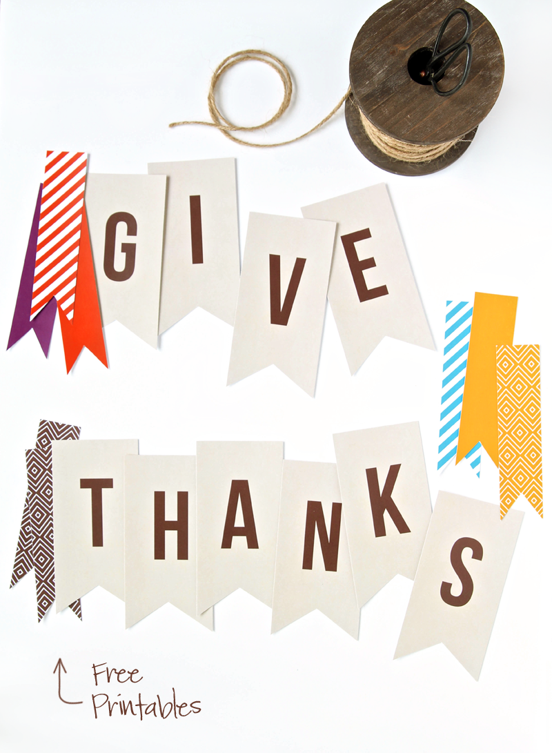 Love this Free Printable Give Thanks Banner from @PagingSupermom for #Thanksgiving