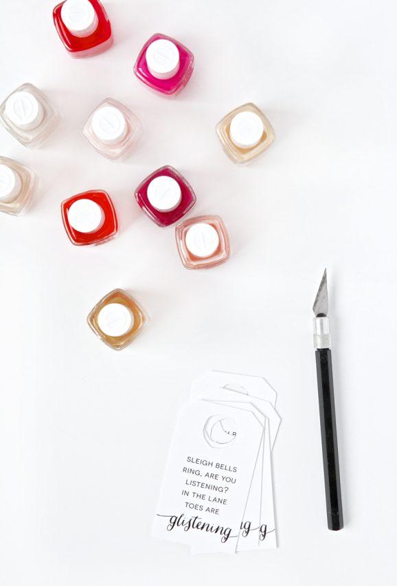 Free Printable Gift Tag for Nail Polish via @PagingSupermom #Christmas