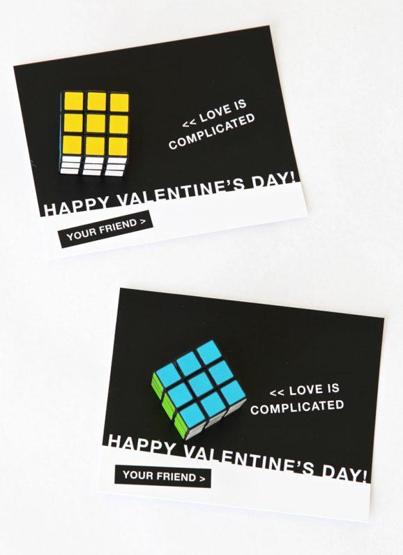 Free Printable Rubiks Cube Valentine via @PagingSupermom