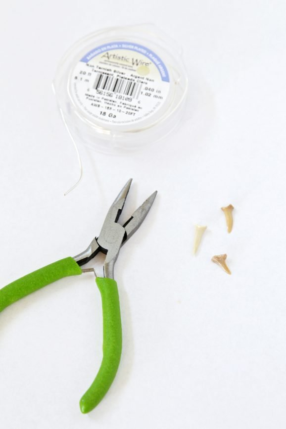 Make Shark Tooth Pendants for Necklaces via @PagingSupermom
