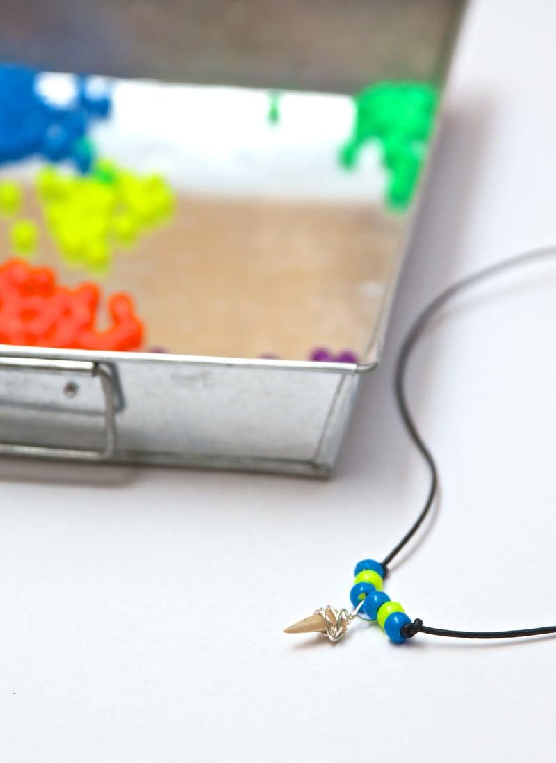 How to make shark tooth necklaces via @PagingSupermom