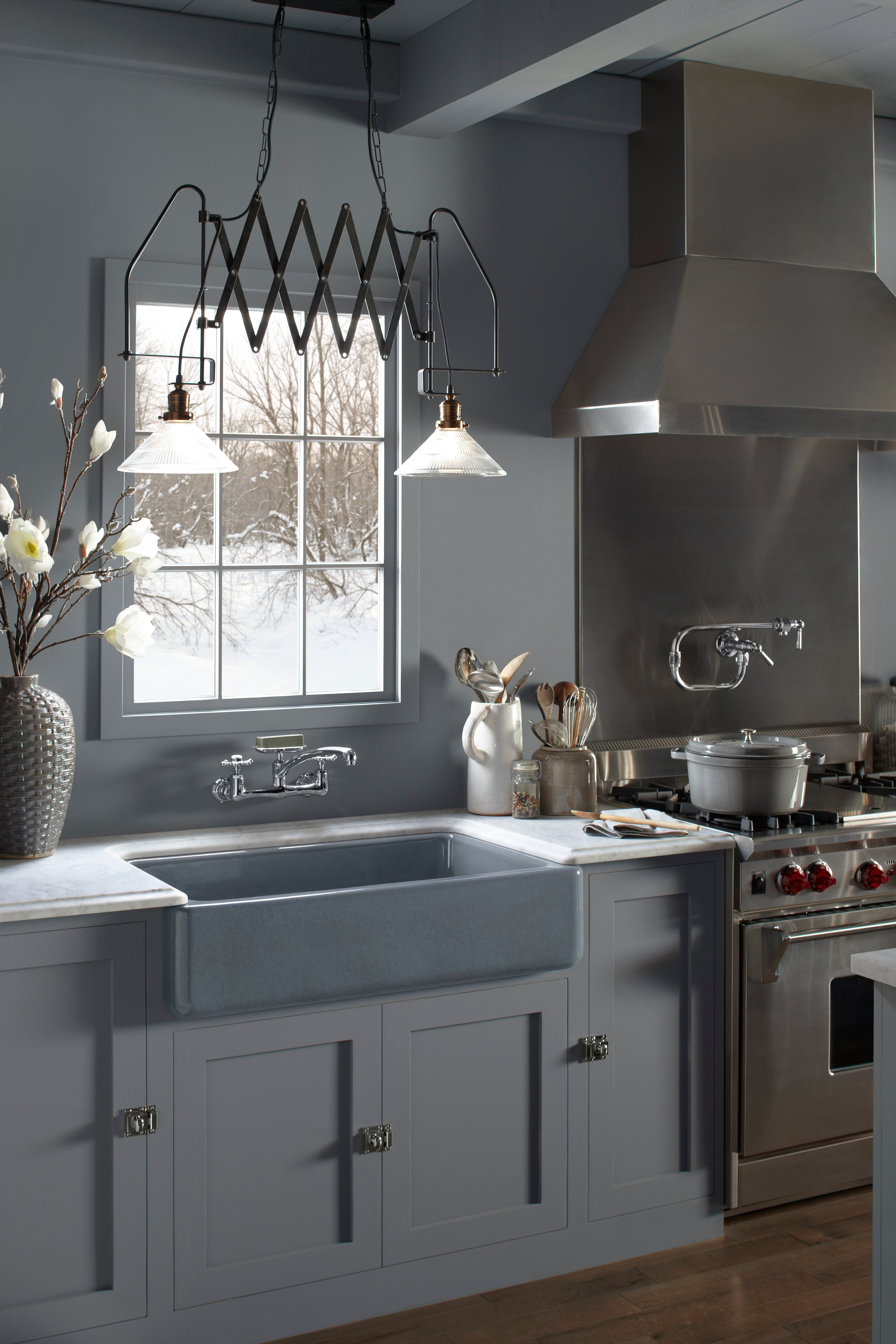 best farmhouse sinks how to choose an apron front sink that will