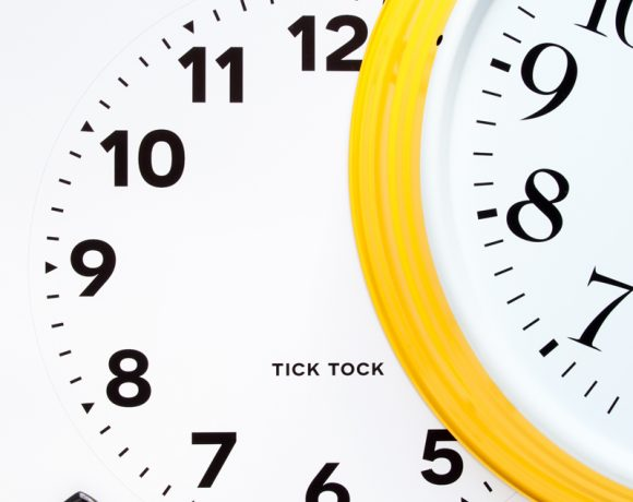 How to Customize an IKEA Wall Clock